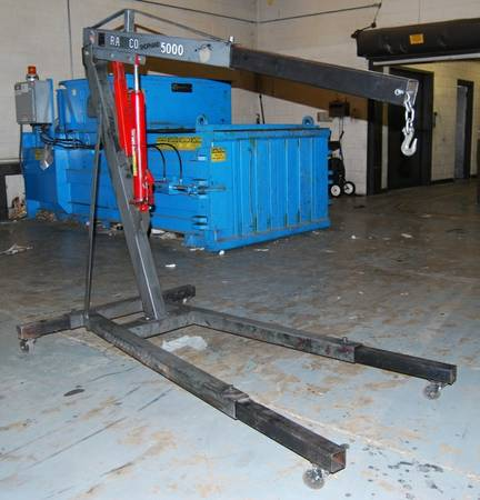 Engine Hoist - $250 (Downtown Alexandria)