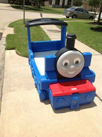 Thomas Train Toddler Bed W Toy Box