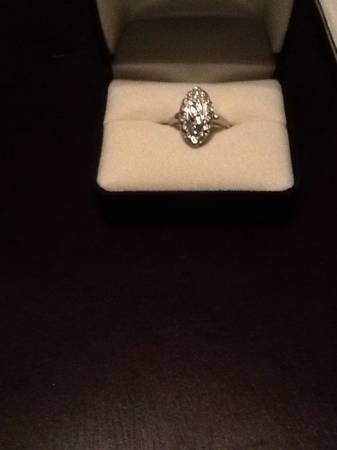 Diamond  amp  white gold ring -   x0024 75  Pineville