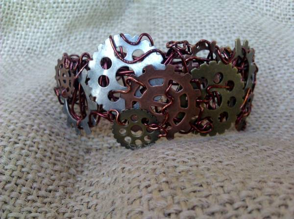 cogs and gears cuff bracelet -   x0024 20  new llano
