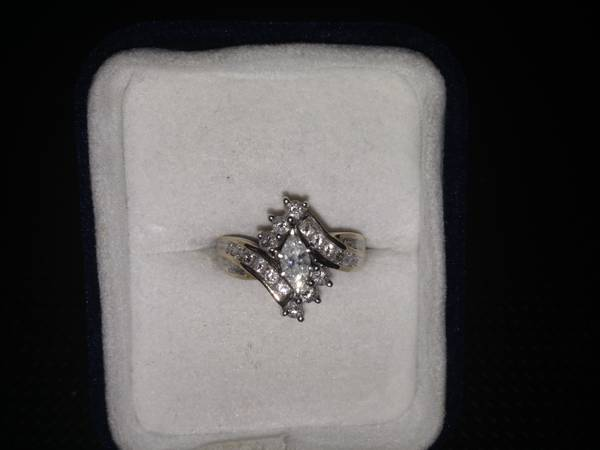 1 Carat Diamond set in 14k Gold -   x0024 550  Pineville