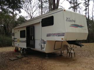 1996 32ft 5th Wheel Electra -   x0024 4800  Glenmora  La