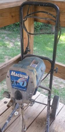 MAGNUM Xh7 AIRLESS PAINT SPRAYER - $375 (CALHOUN)