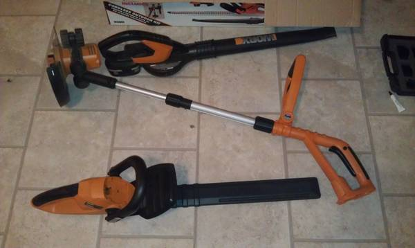 WORX 3-Piece 18 Volt Lithium-Ion Cordless Combo Kit  -   x0024 50  Pineville  Louisiana