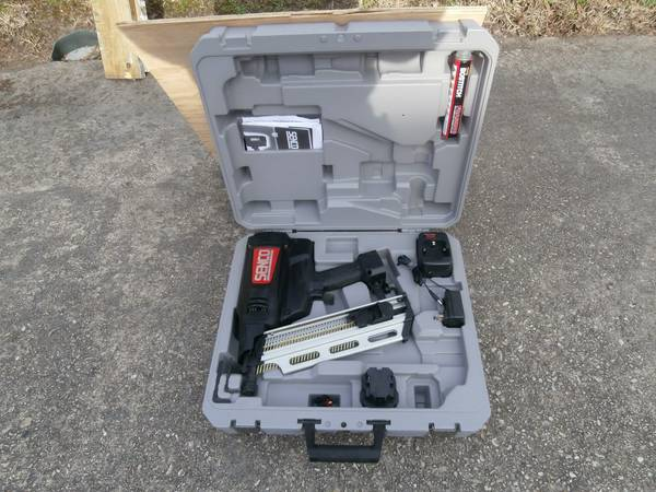 Tools with Chevy 2500 Express Van -   x0024 5500  Destrehan