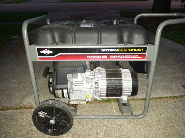 Storm Responder 5500 running watts8250 starting watts generator - $1 (Baton Rouge)
