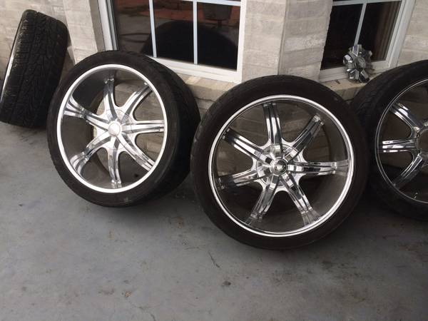 24 inch wheels tires Toyota Dodge chevy  -   x0024 650  Oakdale