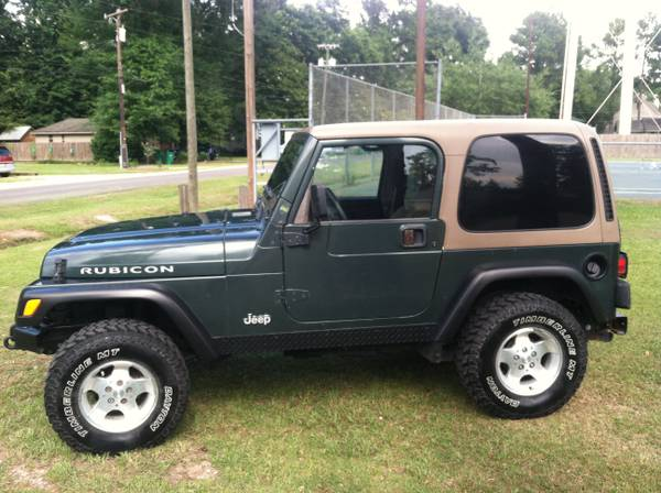 02 Jeep wrangler - 6 cyl5 speedhard top-air cond. - $7800 (Lacombe, LA)