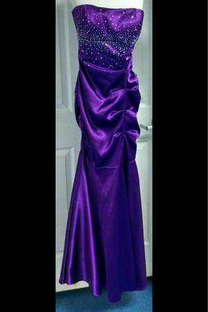 DRESSES FOR SALE -   x0024 50  Alexandria Louisiana
