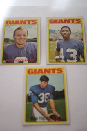 72 Topps New York Giants football cards -   x0024 5  347 W Tunica Dr