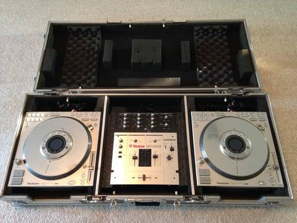 Digital DJ Equipment  Technics  amp  Vestax  -   x0024 1000  Leesville  LA