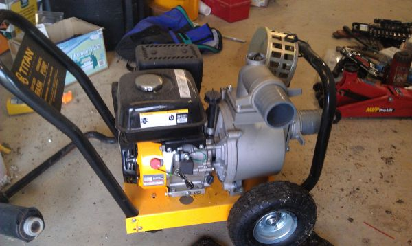 NEW TITAN COMMERCIAL TRASH PUMP - 6HP - 3 IN.OUT - $550 (BALL)