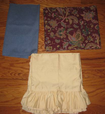 Drapes-Beautiful Sheers like new valances (Central)