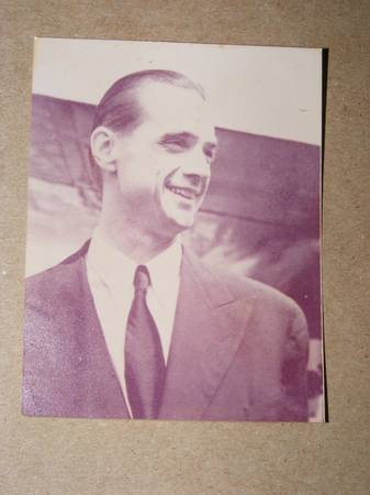 2 1 2  X 3  PHOTO OF HOWARD HUGHES -  20  STERLINGTON  LA