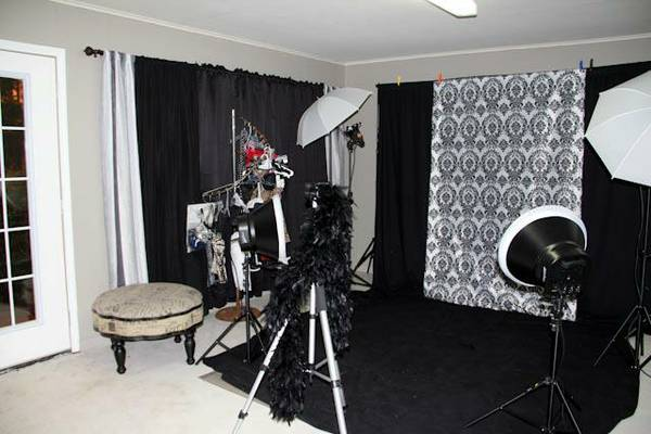 studio lights  backdrops  amp  stand -  600  Minden