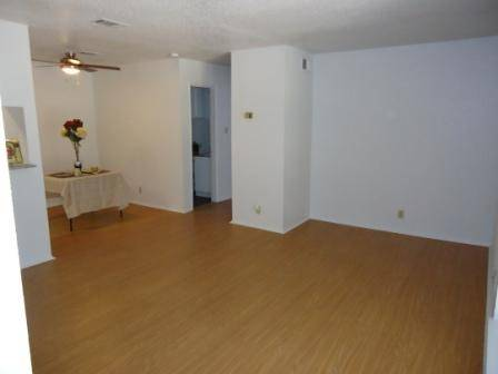 $679 2br - 880ftsup2 - Spacious 2b-2ba with walkin closets (Arbor Square)