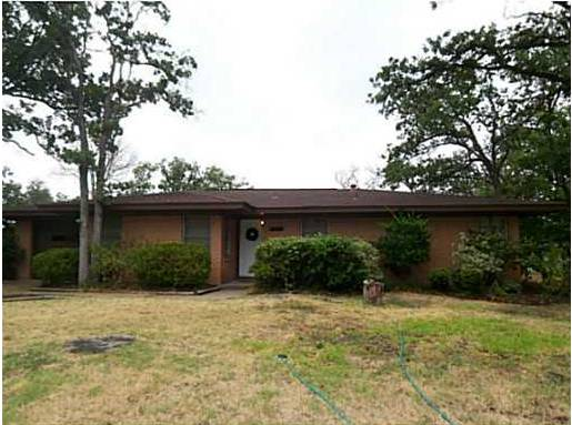 x0024 400   3br - 1700ft sup2  - Northgate Home Available for Summer  4107 Oaklawn