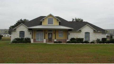 3 BR, 2 BA, Pet Family Friendly, 1 Acre, 5.5 miles from Texas AM (College Station 5.5 mi from TAMU)