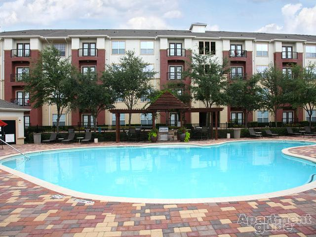 1 900  1br  special pricewestchase