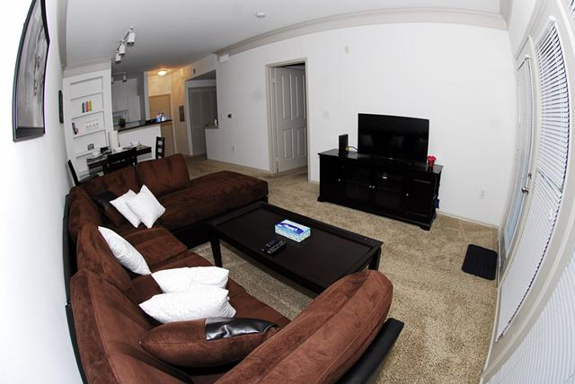 2 300  1br  Bagby st  Midtown furnished apartment