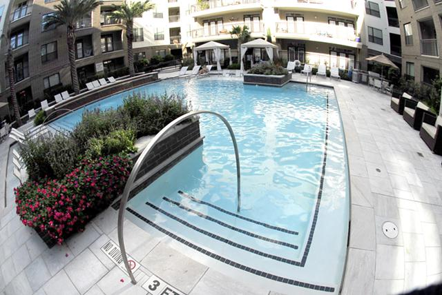 2 500  1br  Luxurious resort style furnished apartment