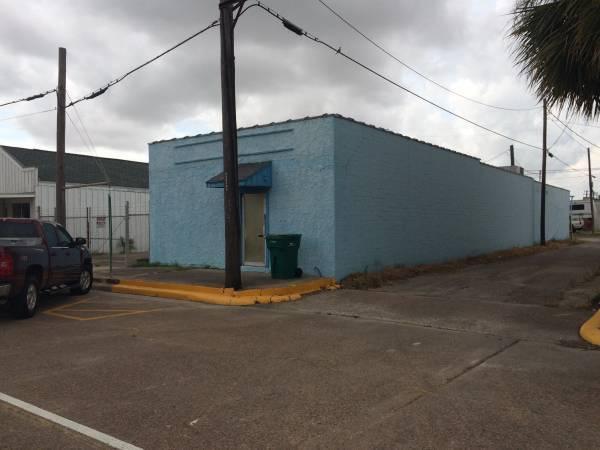 150 000   Commercial  Residential Building Owner Financing No Credit Check