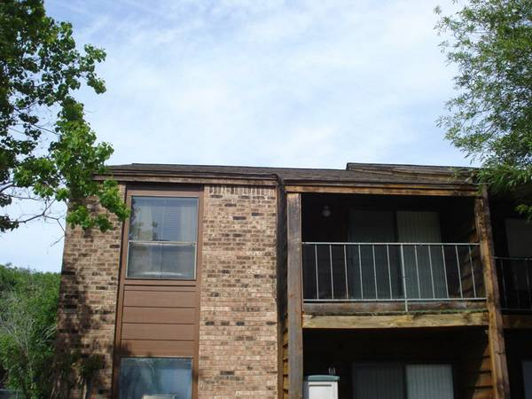 - $69500  2br - 908ftsup2 - Great Deal  Cripple Creek Condo (904 University Oaks)