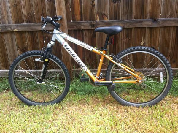 raleigh m50 mountain bike - $55 (bryan,tx)