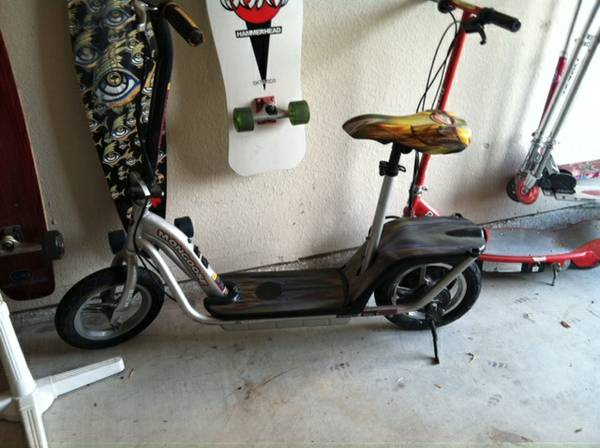 Mongoose electric scooter powerful - $50 (College Station)