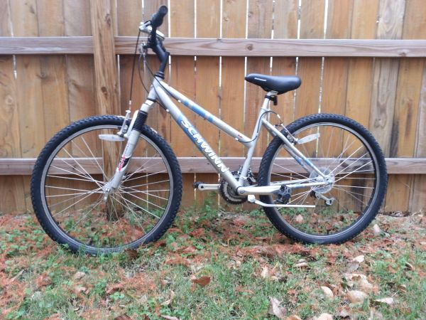21 speed schwinn mountain bike - $75 (bryan )