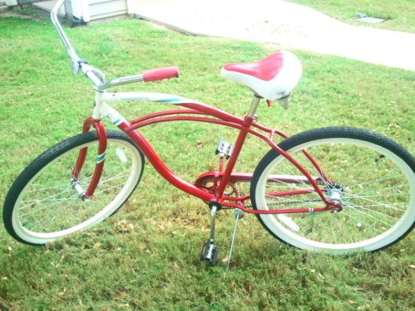 Schwinn Legacy 26 Cruiser Bike - Red - $100 (College Station-Trails at Wolf Pen Creek)