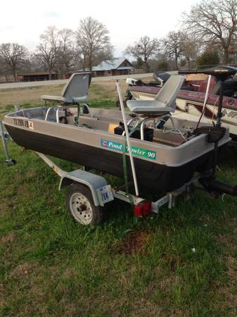 Pond Prowler boat - x0024500 (Midway)