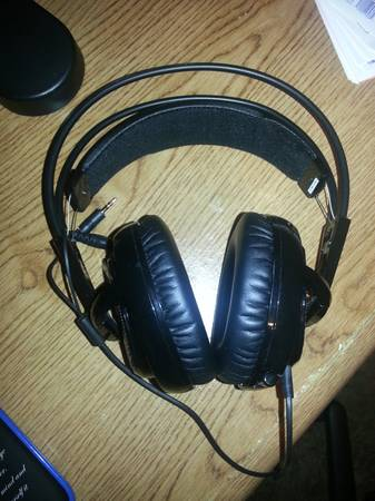 Steel Series Siberia V2 Gaming Headset -   x0024 50  College Station