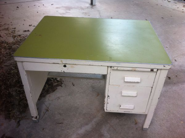 ANTIQUE OLD FASHION TEACHERS DESK - $35 (BRYAN)