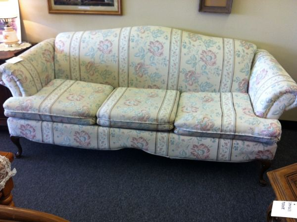 NICE LOOKING COUCH (NICKS NICK NACKS)