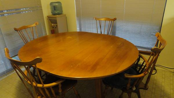 Dining Set -solid wood - $325 (Emerald Forest)