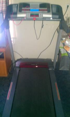 Proform 490 G Treadmill - $125 (College Station)