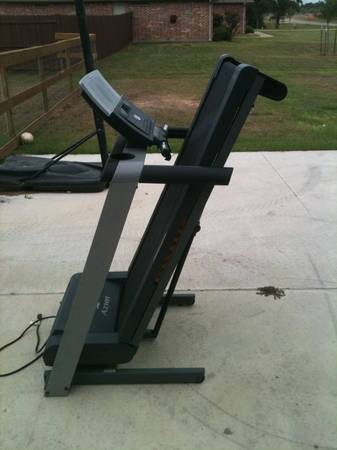NordicTrack A2105 Treadmill - $200 (College Station)