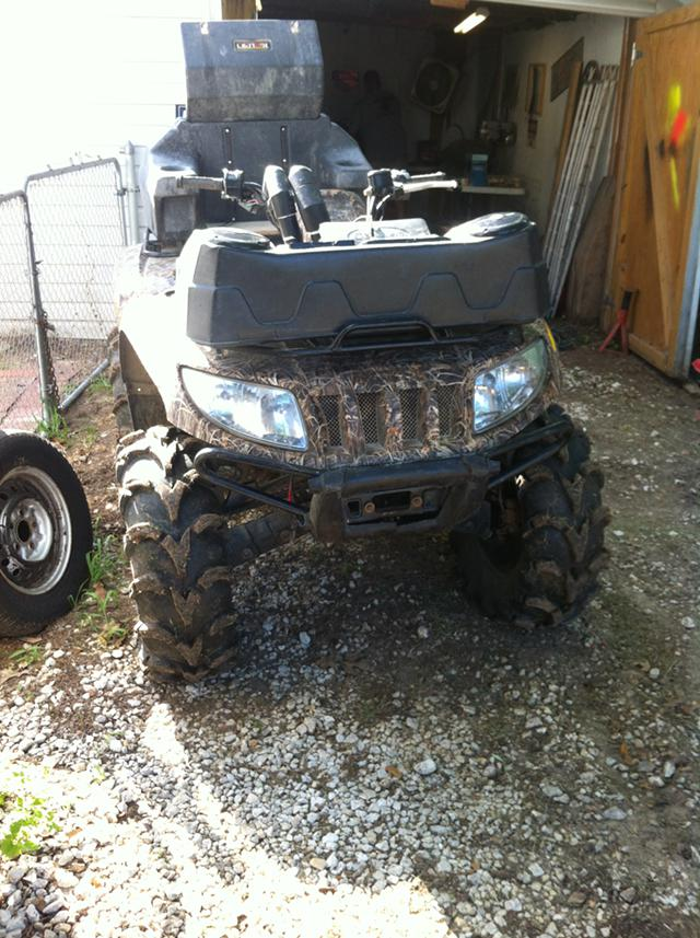 $4,000, 2008 700 cc arctic cat 4 wheeler