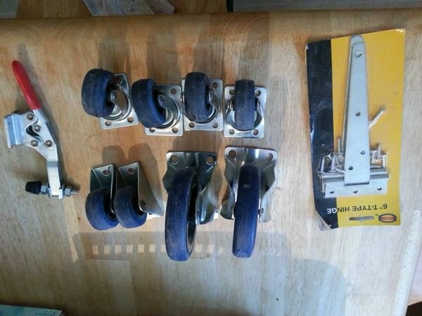 casters, hinge, toggle cl - $8 (college station)