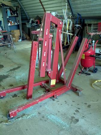 2 ton engine hoist lift - $250 (8 mi west of Calvert)