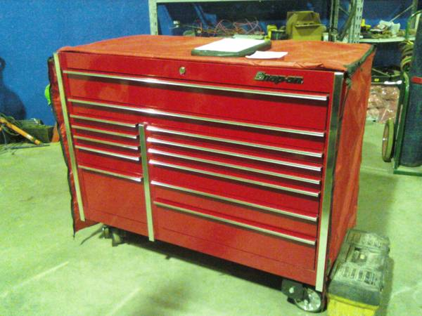 SNAP ON TOOL BOX CANDY APPLE RED - $4500 (BRYAN)