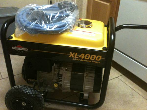 Briggs and Stratton xl 4000 generator - $450 (College Station, Tx 77845)