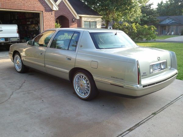 Very Rare Disc and Vogues Vogue Arelli Wheels - $1050 (Huntsville, TX)