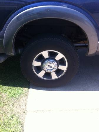 05-13 ford f250 f350 8lug rims and tires - $1000 (College station)