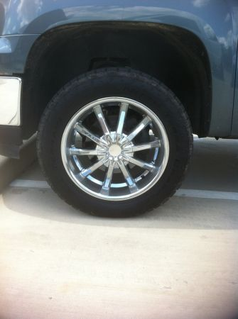 20 Pacer Rims on Nitto Terra Grappler Tires - $1300 (College Station)