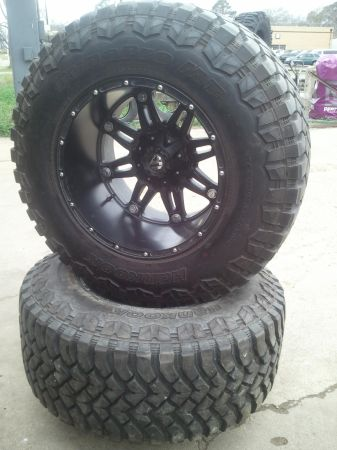 38 x 15.5 R20 on 20x14 8 lug wheels with matching spare like new - $3800 (Rockdale Tx)