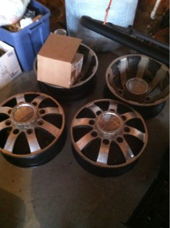 17 Dually wheels - $600 (Madisonville tx)