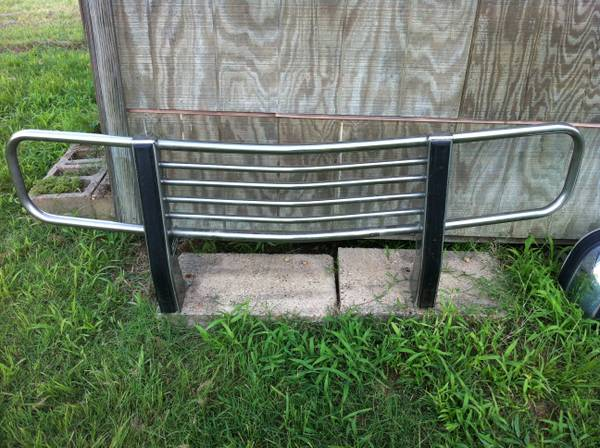 Chevy bumper brushguard - $150 (College Station)
