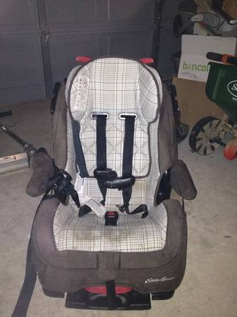 Car seat- Eddie Bauer -   x0024 50  College Station